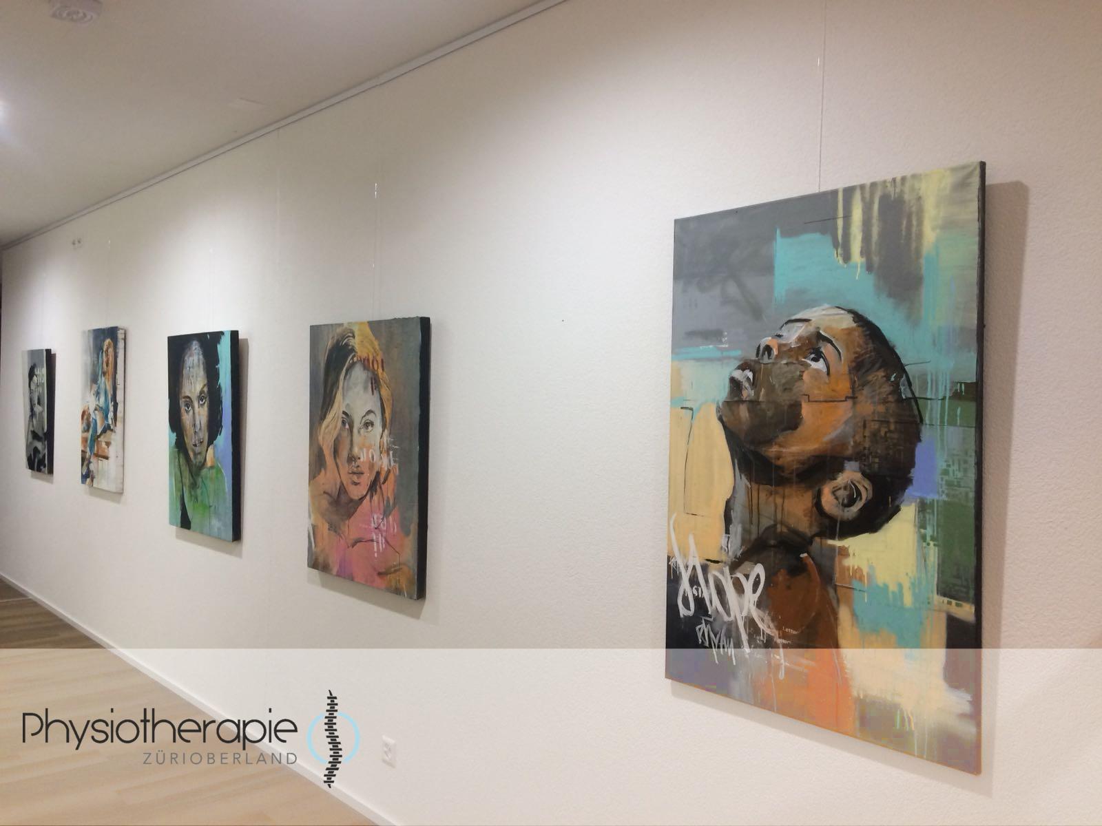 Rhytm Kunstausstellung bei Physiotherapie ZüriOberland AG